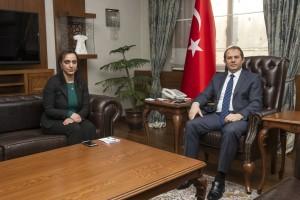 Van Valisi İbrahim Taşyapan Vangölü Haber Gazetesi imtiyaz sahibi Beraat Öner'e konuştu